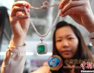 南京国际珠宝首饰展满场珠光宝气