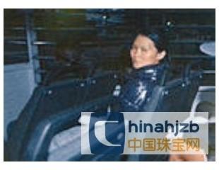 内地女珠宝商贿赂香港入境主任 被判12个月